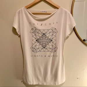 Uniqlo Graphic Top